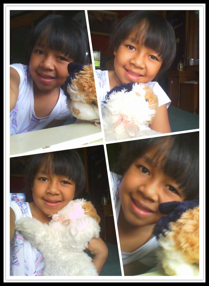 diani ismiardi with doll :) :*