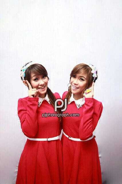 @FellyChiBi @ChristyChiBi || Twins istimewaa ^O^!! ||@SteffyoursSMDA @DevaaDep || Thanks for WOW yours ^^|| Save ? Silahkan ;)