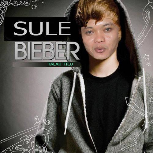 Ternyata,, ooo TERnyata... selain jadi Pelawak di OVJ.. kang Sule Penyanyi juga y.. Kita saksikan SULE Bieber kakak nya justin bieber.. wkwkwk.... N wow wow wow