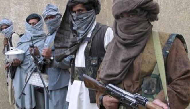 Taliban Menyamar Jadi Gadis Seksi di Facebook Untuk berteman dengan personel tentara dan mengorek informasi penting VIVAnews - Afghanistan, medan perang tak berujung, yang merenggut nyawa ribuan tentara koalisi yang dipimpin Amerika Serikat.