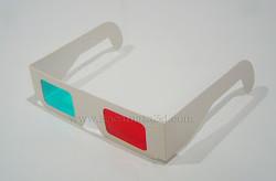 warna red/cyan Bahan dari karton tebal, frame warna putih polos tanpa mere