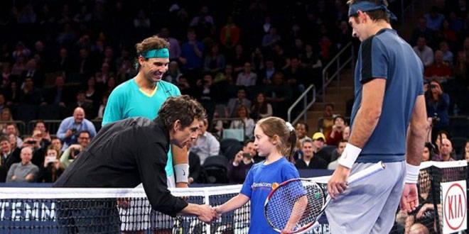 seorang pemain tenis ben stiller di kalahkan oleh seorang gadis kecil yang kagum oleh gadis itu wow nya ya