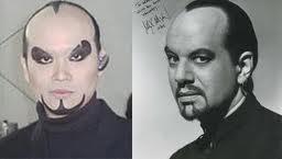 lebih keren mana penampilannya: Deddy Corbuzier atau Max Maven?