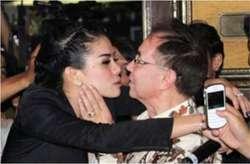 Buddy Jansen Ketagihan Ciuman Nikita Mirzani