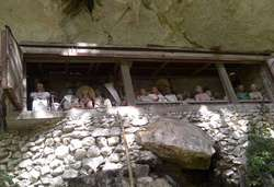 Kisah 'Romeo & Juliet' di Pemakaman Tana Toraja