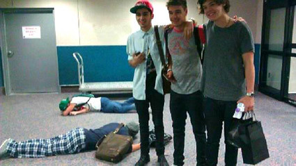 Niall dan Louis .... -____________________________-