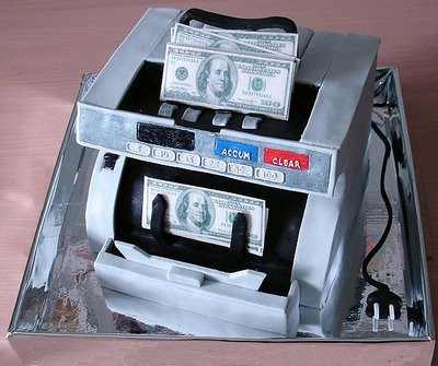 Wah,alat pencetak uang kue muatan terbaru nih!!!Ada uang kuenya juga!Enak gak sih?pasti lah!Kan WoW!