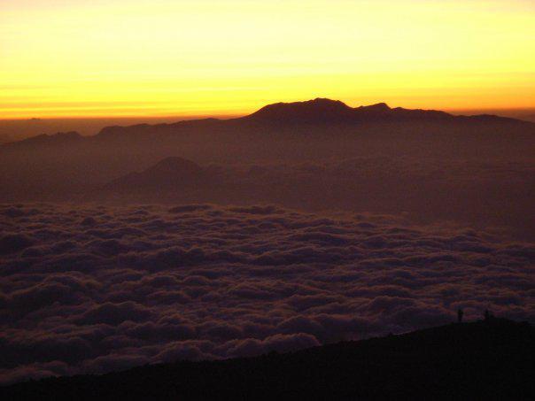 Sunset di puncak Mahameru
