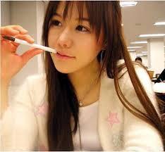 1.94% wanita di Jepang sudah tidak perawan lagi. 2.40% wanita Jepang memberikan keperawanannya kepada teman lelakinya, bukan pacarnya. 3.56% wanita Jepang melepas keperawanan nya di waktu baru masuk SMA. 4.67% hubungan seks siswi SMA di Jepa