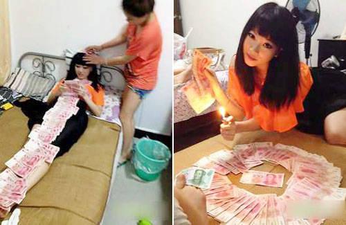 .Foto Gao Yue diangap berlebihan dan keterlaluan.Remaja itu memamerkan foto sepatu dan tas yang bermerek dan seharga puluhan juta.Goa Yue memotret dirinya berselimut dengan uang,Bahkan gadis ini membakar uang tersebut