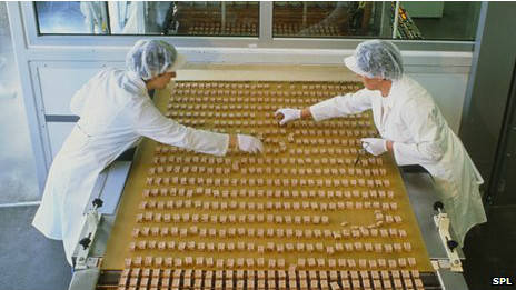 Para ilmuwan di Inggris mengatakan mereka menemukan metode baru untuk mengurangi lemak coklat menjadi setengah. Para peneliti dari Universitas Warwick mengatakan mereka menggunakan agar-agar untuk menggantikan lemak tanpa mengurangi kelembuta