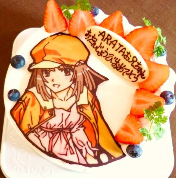 dia atas kue tart ini adalah coklat yg di bentuk menyerupai anime jepang RUMIT WoW