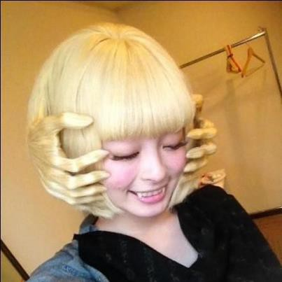 Ada yg mau model rambut seperti ini..............????????????