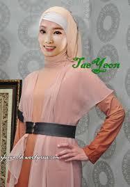 LUcu dan cantik ya kalau taeyeon pake jilbab lebih muslimah