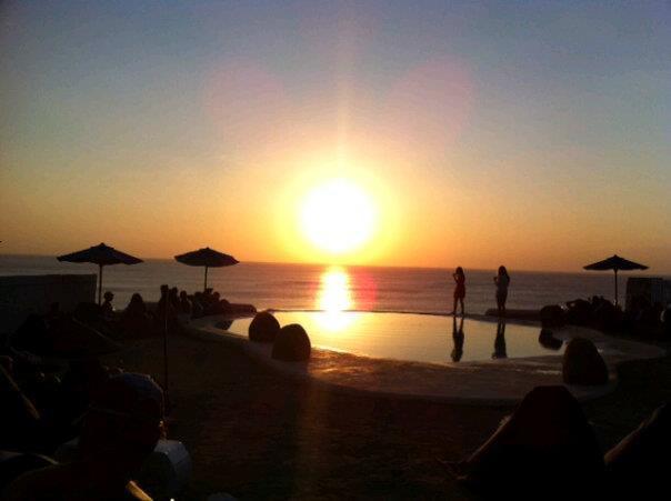 sunset di El Kabron Chiringuito, Pecatu - Bali