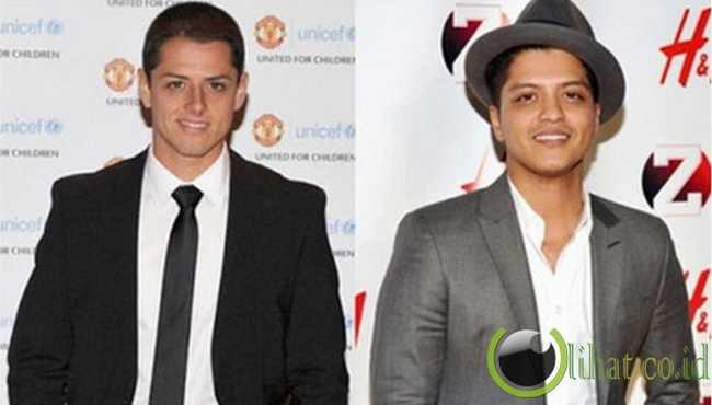 Javier Chicarito(kiri) Bruno mars(kanan) mirip kaaan mereka berdua... Jangan lupa WOW nya yaaa :D
