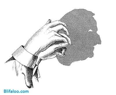 bayangan membentuk kepala manusia kreatif banget coba ah.....