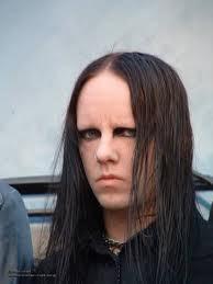 ada yg tau ga ini siapaa?... ini adalah Joey jordison drummer slipknot tanpa topengnya... jangan pelit-pelit bilang WOW yaa :D