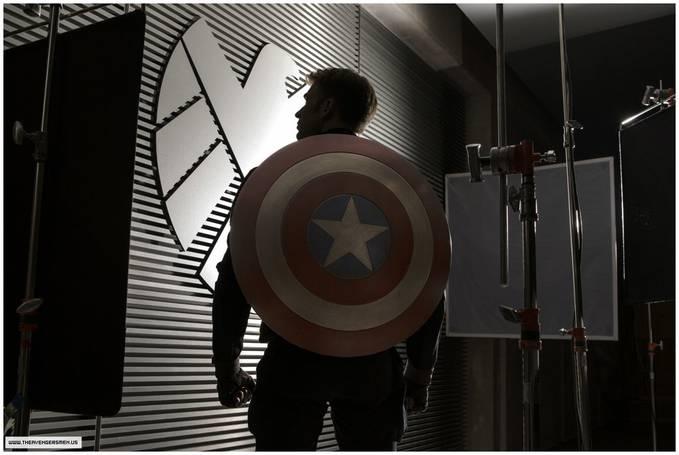 Wah The First Avengers Kita. . . Captain America Come back. . . N Mnjadi Captain America 2. . . N Bru Launch Kira2 Pda 04.04.2014. . . Lma Bgt Y. . . N Dmi Mnunggu Launchnya Ksi WOWnya Dlu Y. . .