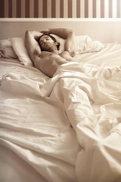 Tidur Telanjang Itu Bikin Tubuh Sehat