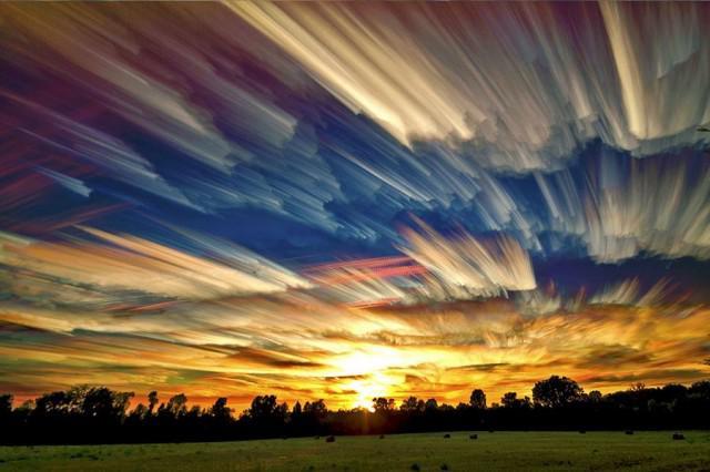 Fotografi Lukisan Langit Yang Indah oleh Matt Molloy. Ini bukan lukisan cat air namun hasil jepretan kamera yang diolah dengan Photoshop.. Read more at
