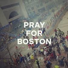 Peristiwa tragis ini yang awalnya meledak didaerah Boston Amerika Serikat akibat peristiwa ini Ibu Negara turut simpati menyaksikannya dan artis artis turut prihatin akibat peristiwa menggemparkan itu.