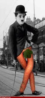 Ini Foto Charlie Chaplin Yg Lucu Wkwkwkwkwk. Di Wow Tolong Ya!!!!!!