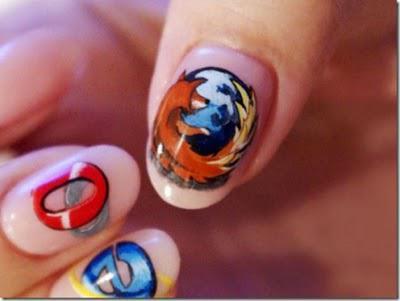 Nah! Kalo yg ini, Nail Art versi browser... Btw, Sobat Pulsker lagi pake browser yg mana nih?