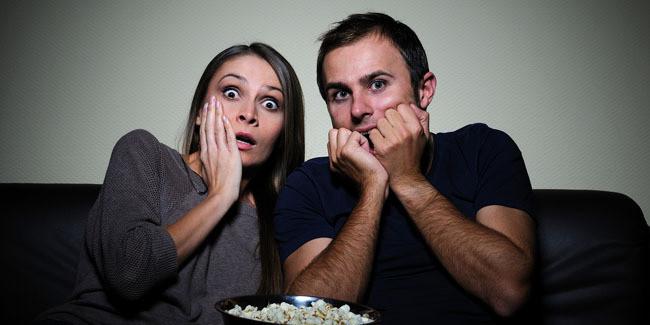 4 Manfaat Berhenti Nonton Video Porno Biasanya, pria yang lebih sering menikmati film porno atau video porno, tapi ada juga wanita yang tidak bisa lepas dari kebiasaan menonton film porno. Walaupun sudah menikah dan hubungan intim menjadi rutin