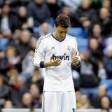 Subhanallah..:) respect ozil