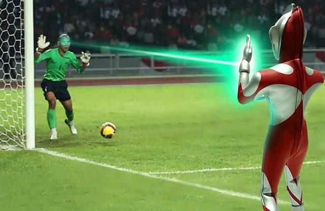 Ternyata Ini Biang Kerok Yg maen laser pas pertandingan sepak bola Indonesia Vs Malaysia... Kita Apain Yah Enaknya...??? WoW dan Kasih Pendapat kita apain nie org...