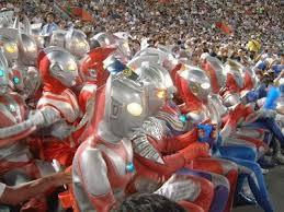 Ternyata Ultraman Suka MotoGP WOW