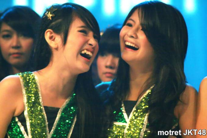 Nabilah & Sonya JKT48 kawaii bnget :*
