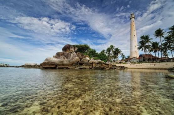 Pemandangan alam indah pulau Lengkuas, Belitung!!!!