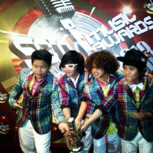Coboy Junior at SCTV MUSIC AWARDS 2013