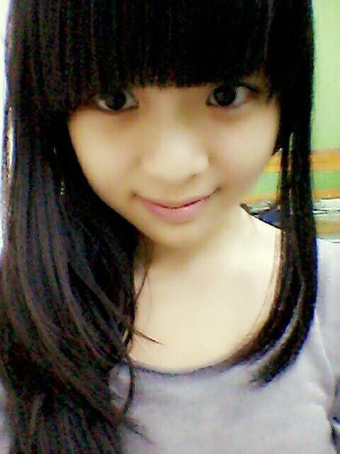 Cindy Yuvia JKT48(Trainee) siapa yang bilang cantik ??? mana WOW-nya ?? WOW.,WOW.,WOW :D
