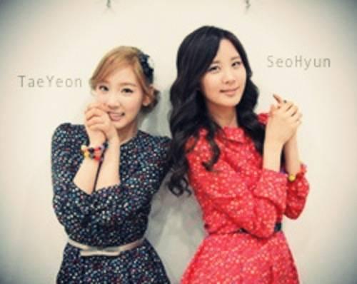 TaeYeon With SeoHyun? Mmm, mana yg lebih Imut hayo???? Hope U WOW this, Sobat! ;)