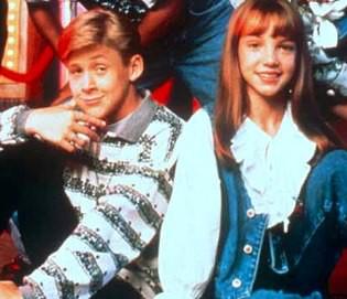 britney spears n Ryan Gosling saat menjadi bintang di MMC ( Mickey Mouse Club ) masih kecil lucu y....
