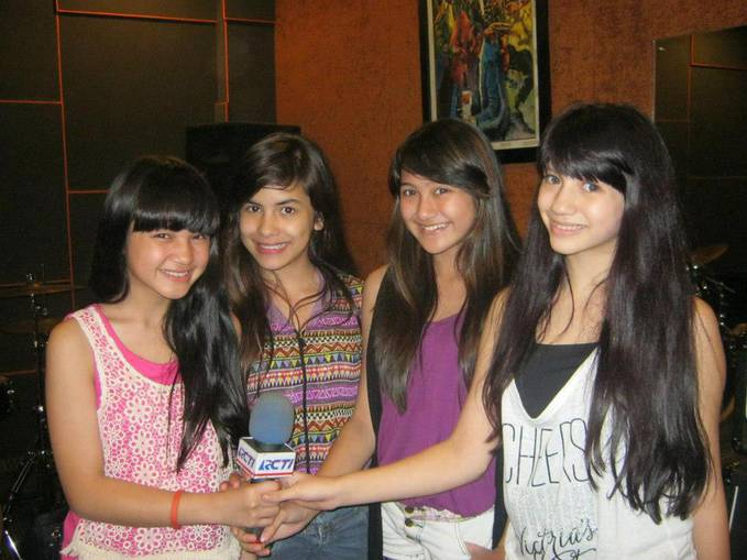 Winxs Guys ! https://www.facebook.com/pages/Official-Comate-and-Winxskyã??/629999260360952