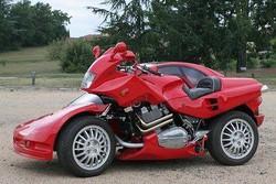 gabungan antara motor dan mobil keren y