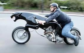 unik ya motornya.. hihi