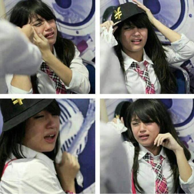 buat nabila JKT48 tersenyum dengan klik WOW..!
