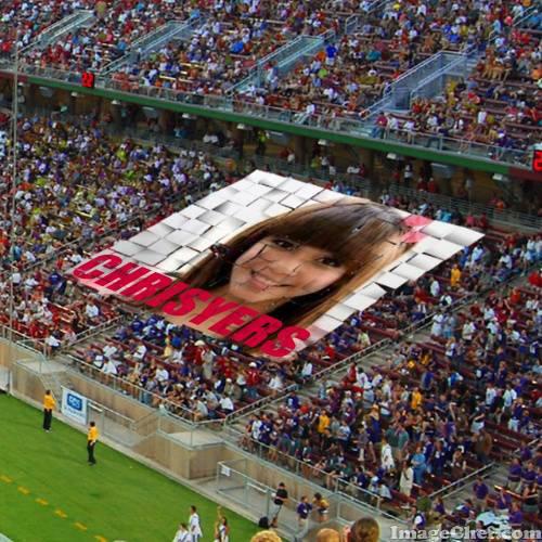 suporter bola pada megang poster @mi_christychibi , MINTA WOW Nya dong ?