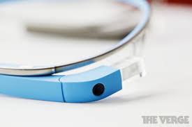 inilah GOOGLE GLASS,kacamata masa depan. katanya sih dibandrol sehargA Rp 14 jutaan.WOOOOOW,tapi jangan khawatir gan, katanya tahun depan harganya bakalan turun menjadi Rp7 jutaan.keren ya gan...... kalo udah baca WOWnya ya gan :)