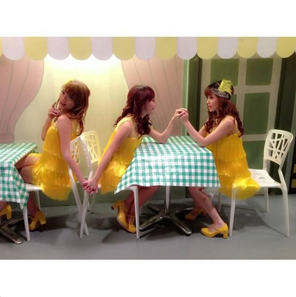 Steffy, Cherly, & Angel ChiBi Saat Shooting Iklan Vitacimin.. Ada-ada aja tingkahnya ChiBi.. Hahahaha...