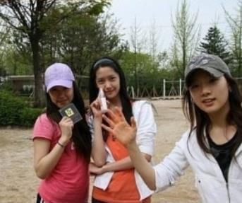 Foto Tiffany, Yoona, Taeyeon SNSD (2007)