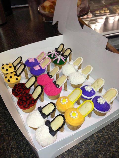 Shoes Cupcake.. Cantik yah.... WOW nya jika unik & cantik mnurut kalian ;)