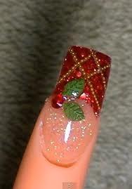 klik wow donk buat nail art cantik ini............