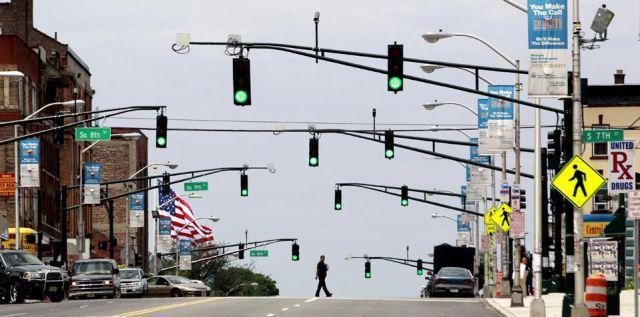 gimana nih perasaan anda jika rambu lalu lintasnya banyak?