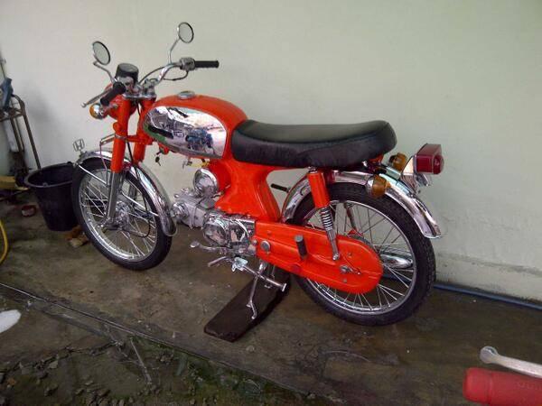 Classic Honda Kijang Modification :)